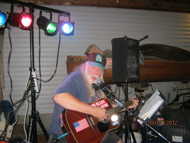 Packmann Dave Live Music